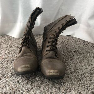 Steve Madden Troopa Combat Boots- Size 7
